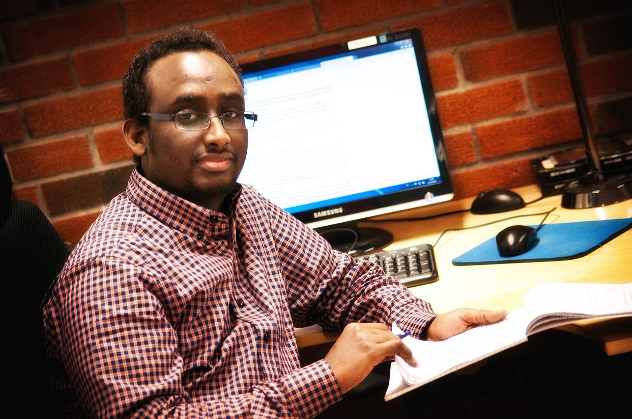 Mohamed-Hassan-3450