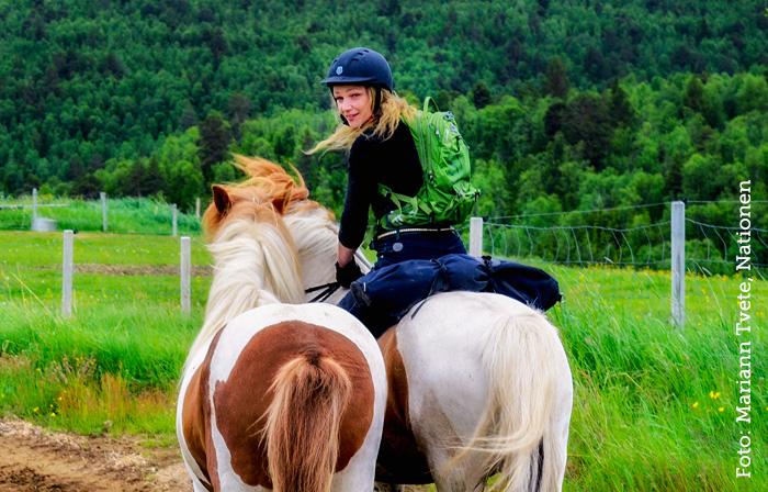Cathrine Fodstad rir Mongol Derby